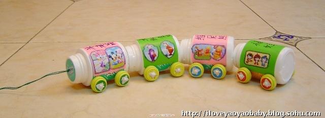 小班拖拉玩具图片