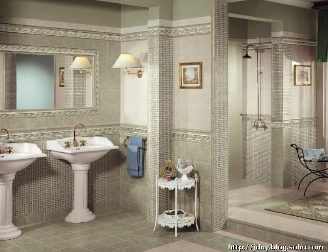 也适合使用仿马赛克的瓷砖用于淋浴房