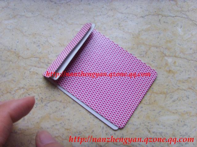 纸牌盒子的折法图解