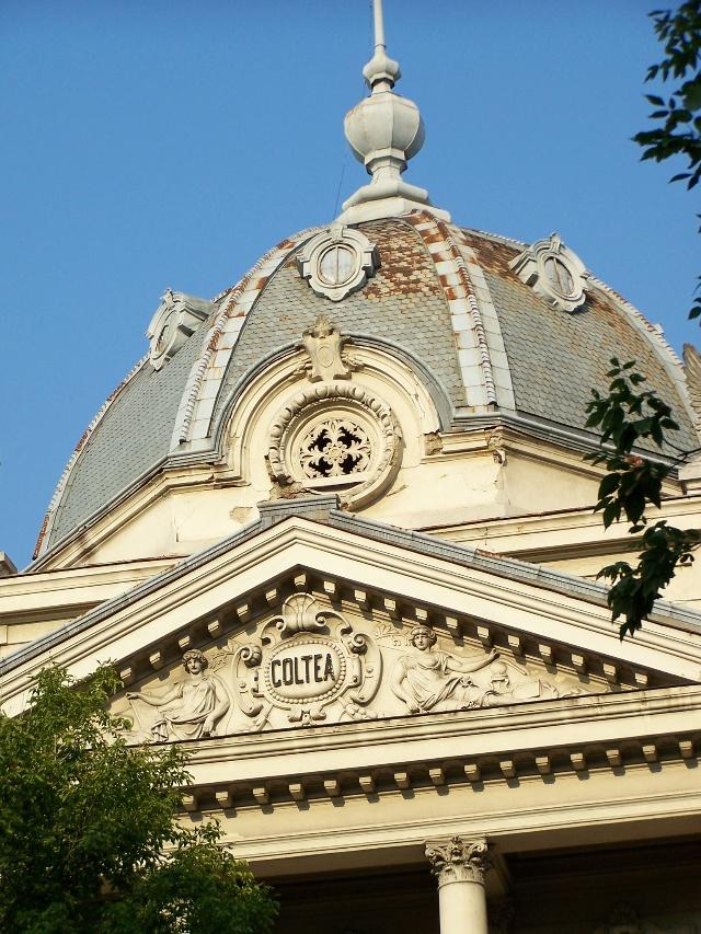 典型欧洲风格的圆顶建筑