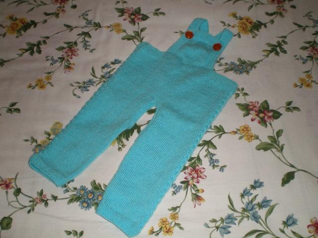 宝宝背带裤         毛线编织