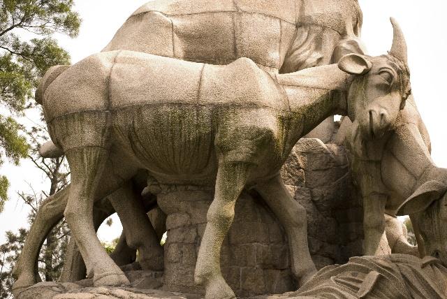 广州标志:五羊雕像