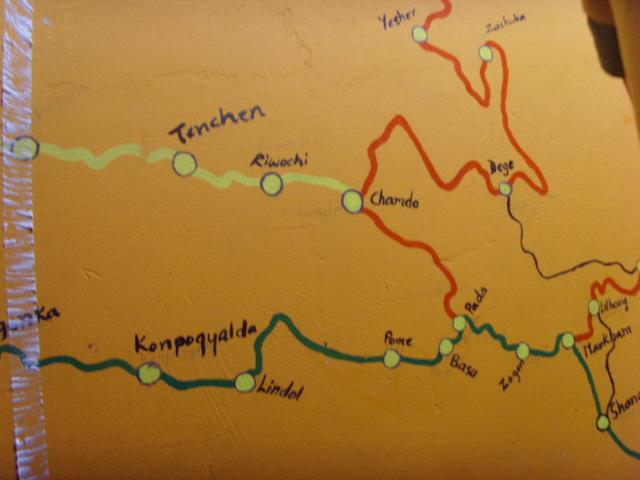 墙上手绘的地图