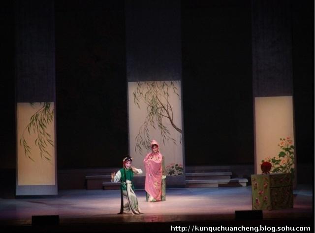 [转载]从青春版《牡丹亭》到新版《玉簪记》的舞台设计美学
