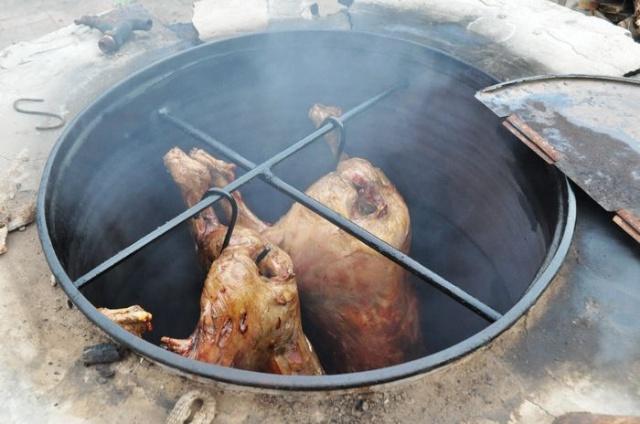 自制油桶烤全羊炉子