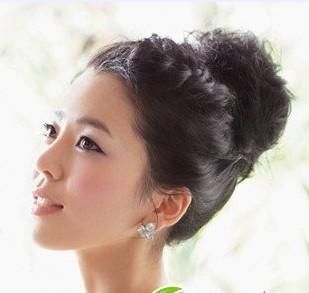 丸子头 韩式简洁新娘发型