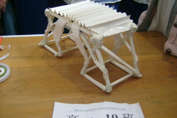 简单纸桥的手工制作图解 纸桥的手工制作过程 手工制作纸桥